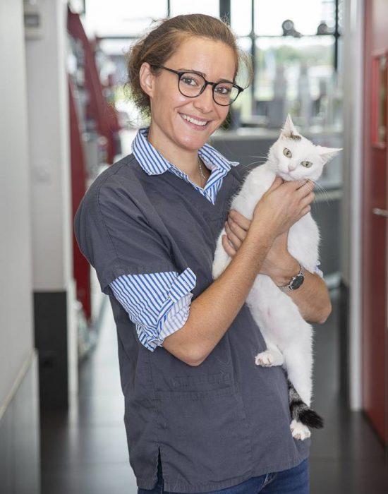Vétérinaire Clinique-Estuaire Halconruy Stéphanie